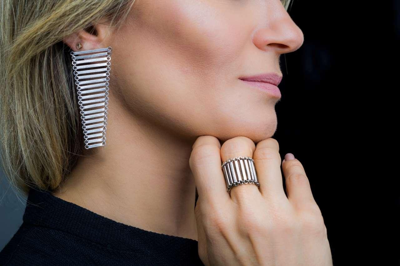 7e6b51710 Nova linha de joias de Adalberto Amorim aposta na sofisticação do cotidiano  da mulher moderna